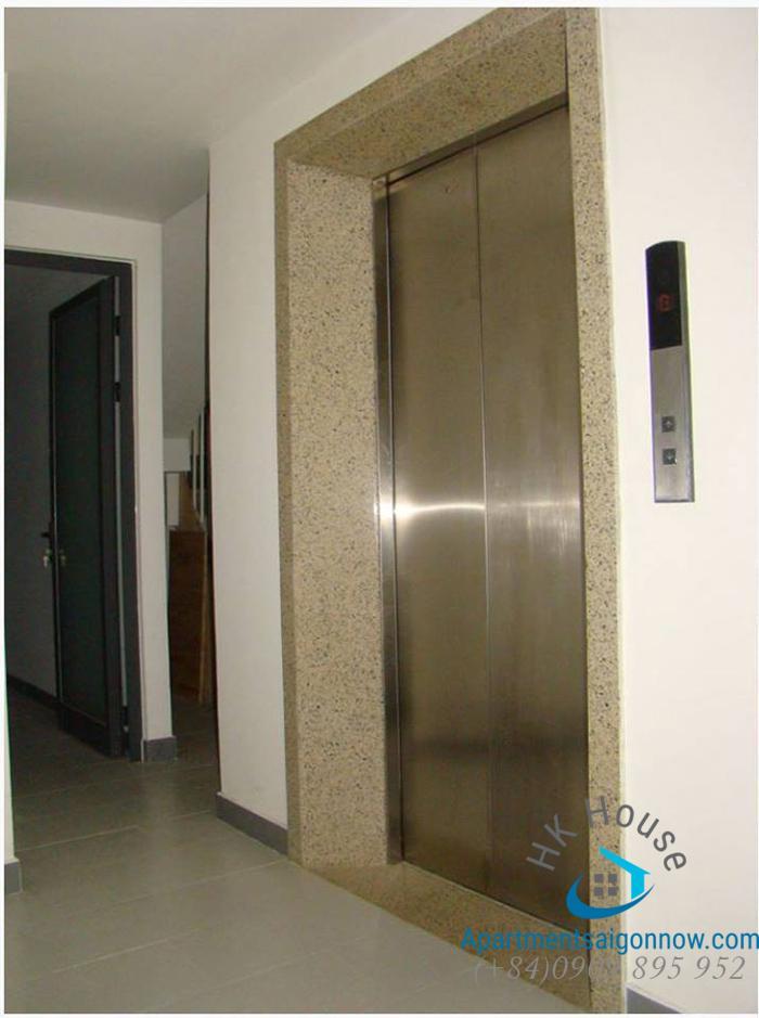 Serviced-apartment-on-Le-Van-Huan-street-in-Tan-Binh-district-ID-345-unit-101-part-3