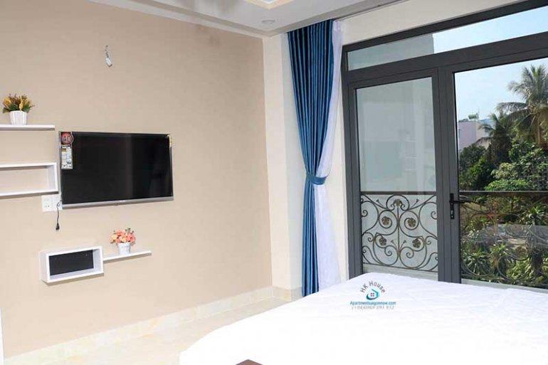 Căn hộ dịch vụ cho thuê trên đường Nhiêu Tứ quận Phú Nhuận với studio lớn ID 621 số 1