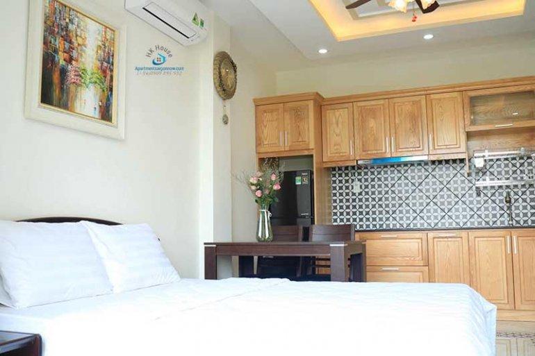 Căn hộ dịch vụ cho thuê trên đường Nhiêu Tứ quận Phú Nhuận với studio lớn ID 621 số 3