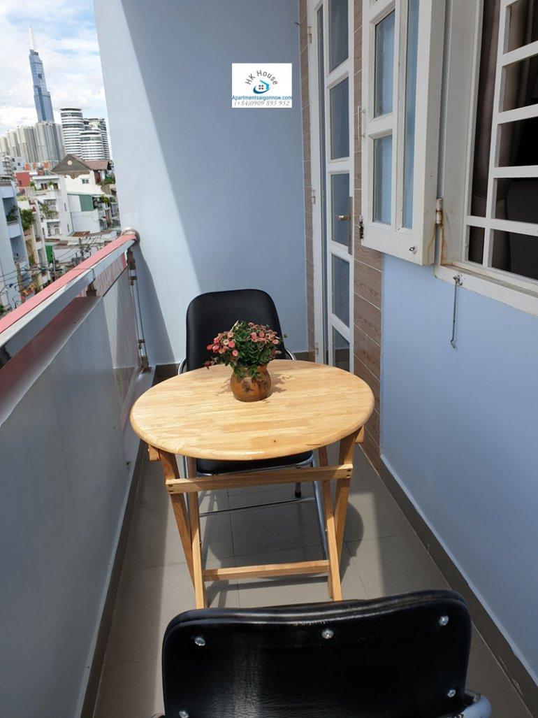 Căn hộ dịch vụ đường Phan Văn Hân quận Bình Thạnh với studio lớn ID 515 số 9